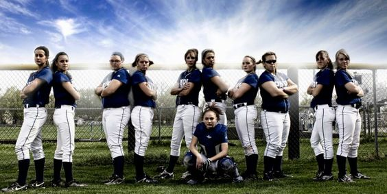 Unique softball team picture ideas